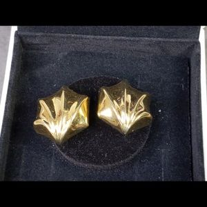 Vintage Vendome Gold Tone Shell Fan Earrings